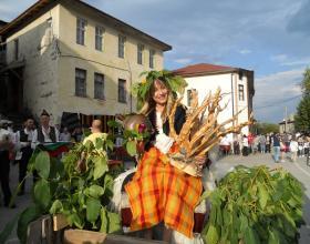 Традиции, обичаи, празници, Орехово, Празник на ореха