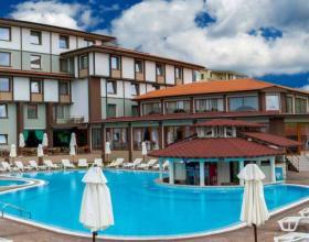 Хотели, Места за настаняване, Благоевград, х-л Езерец