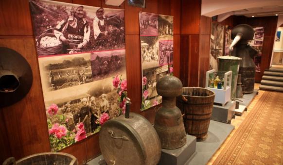 Музей Розы, Музеи в Болгарии, Долина Роз, Казанлык долине Достопримечательности Казанлык