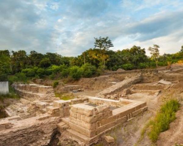 Акве Калиде – мястото, събрало в себе си хилядолетна история…