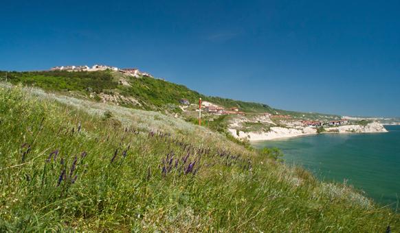 Трейшън Клифс, Морски курорти, Забавления на морето, Пътуване с яхта, Почивка в България, Морски дестинации